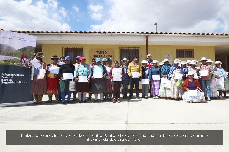 Mujeres del Centro Poblado Menor de Chalhuanca fueron capacitadas en tejido y técnicas de producción
