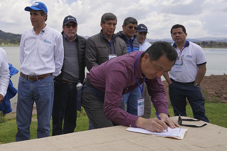 Primera Cumbre Nacional del Agua en Perú reafirma compromiso de las EPS en el cuidado de las fuentes hídricas