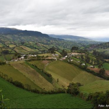 Por el Día Internacional de las Montañas, líderes y expertos se reúnen para intercambiar sobre políticas de CC y estrategias de adaptación en los Andes