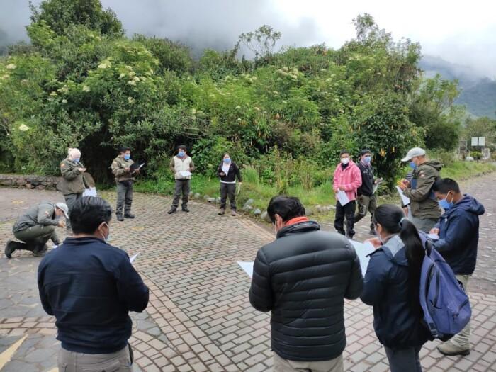 Se fortalece el programa de control y vigilancia del Parque Nacional Cayambe Coca con capacitación y equipamiento